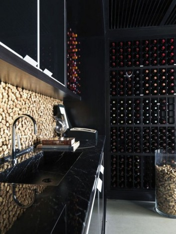 Cork-backsplash-in-wine-cellar1